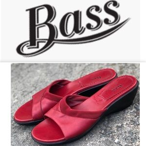 Bass leather sliders/ sandals